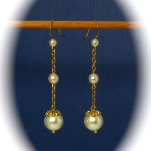 Vintage glass faux pearl and gold tone chain earrings